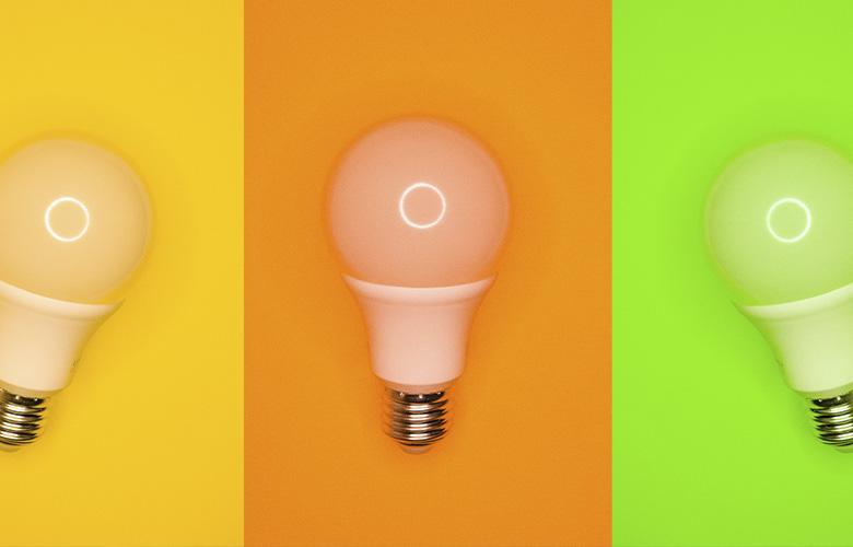 lâmpadas de led em fundos coloridos