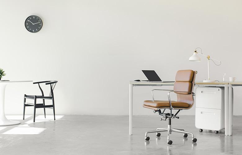 Cadeira de Escritório de Couro   westwing.com.br
