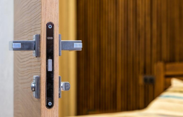 Trinco para Porta   westwing.com.br