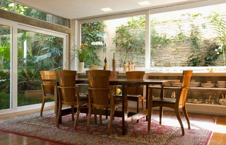 Mesa de Madeira com 6 Cadeiras | westwing.com.br