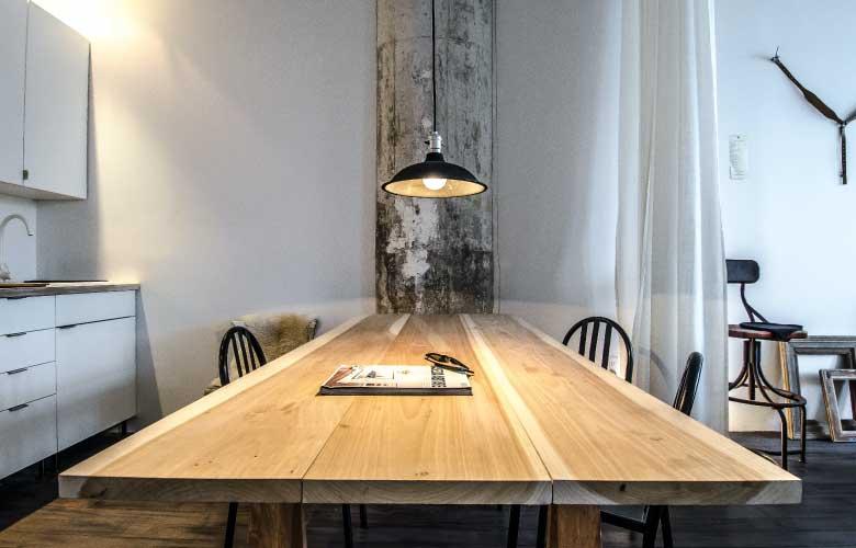 Mesa de Jantar de Madeira Maciça   westwing.com.br