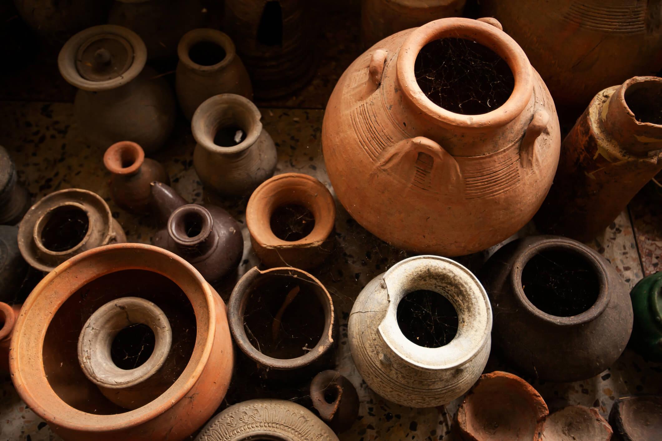 Como Pintar Vasos de Barro | westwing.com.br