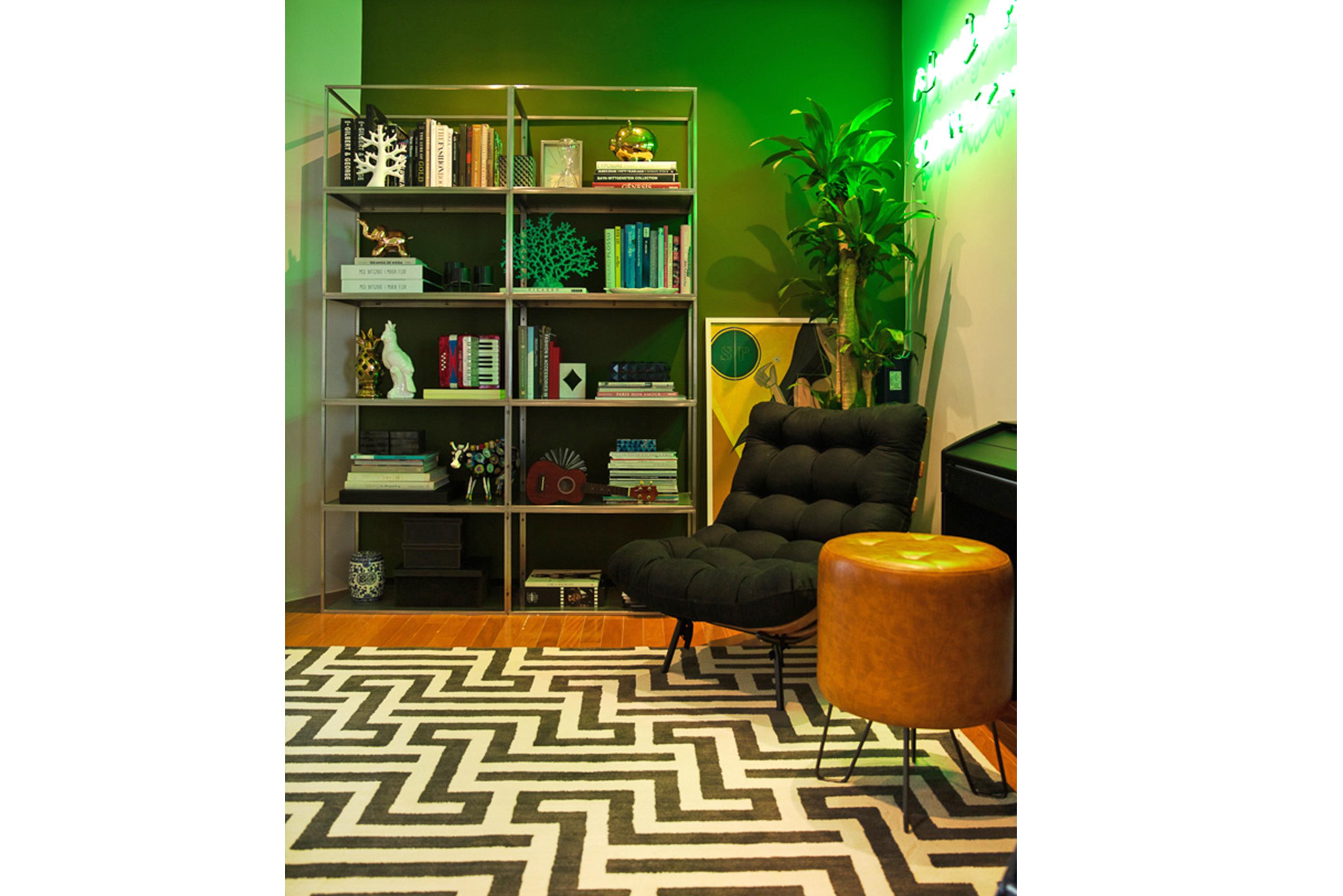 Deborah Secco abre a sua casa, sala de estar | westwing.com.br
