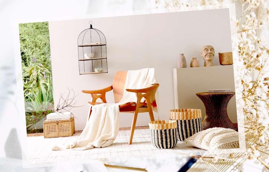decoração de varanda com bancos e cadeiras de madeira, estilo boho chic